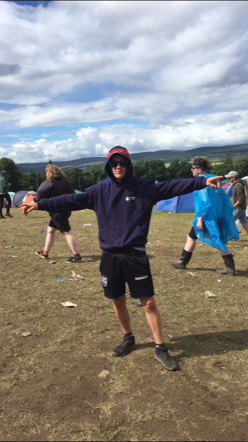 Guy who woke up in festival to find everyone gone