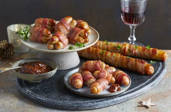 foot long pigs blankets aldi £3