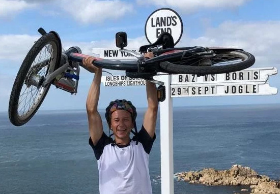 Man Completes John O'Groats To Land's End On Boris Bike