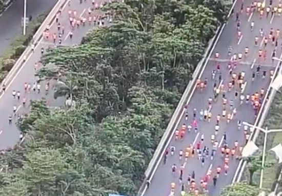 Runners cheating in marathon