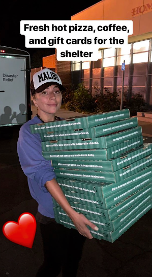 Lady Gaga donated pizzas and coffee to evacuation centre
