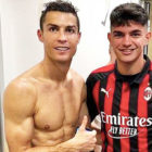 Cristiano Ronaldo Poses For Changing Room Photo Showing Chiellini's D**k