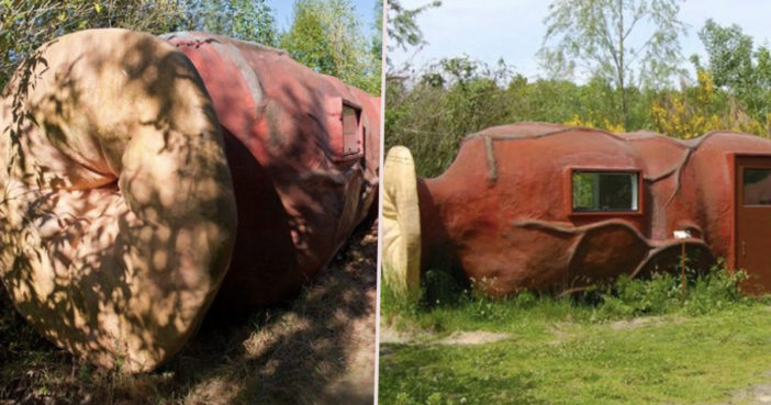 You can now stay in a hotel shaped like a bum.