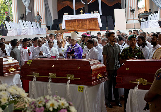 First funeral held for Sri Lanka victims