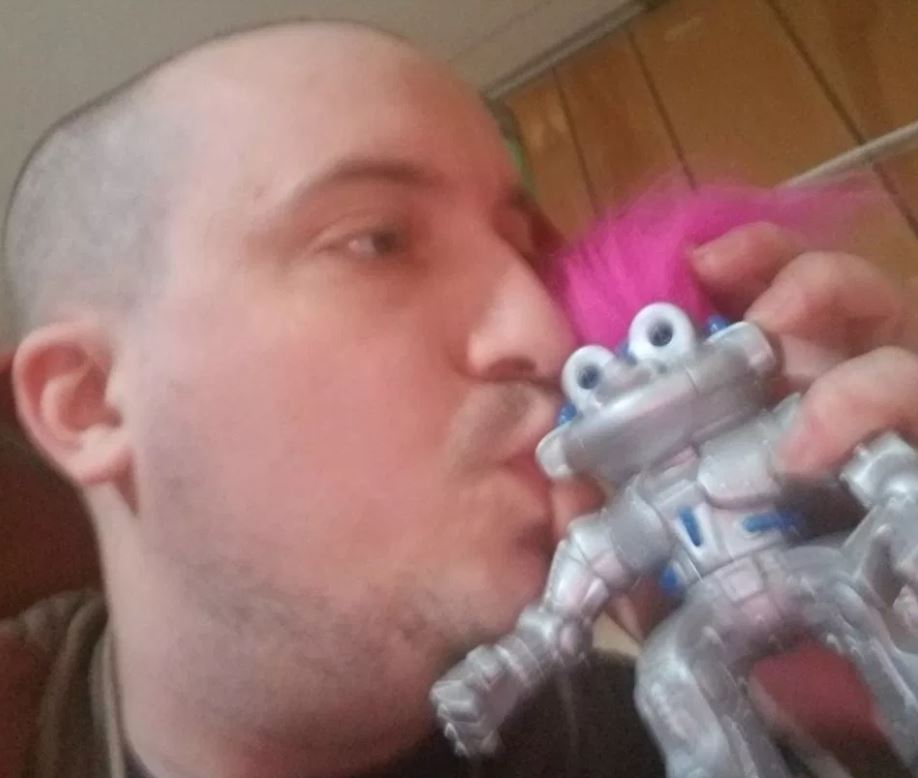 man love robotroll