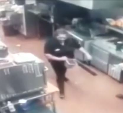 Manager throws hot oil at employee