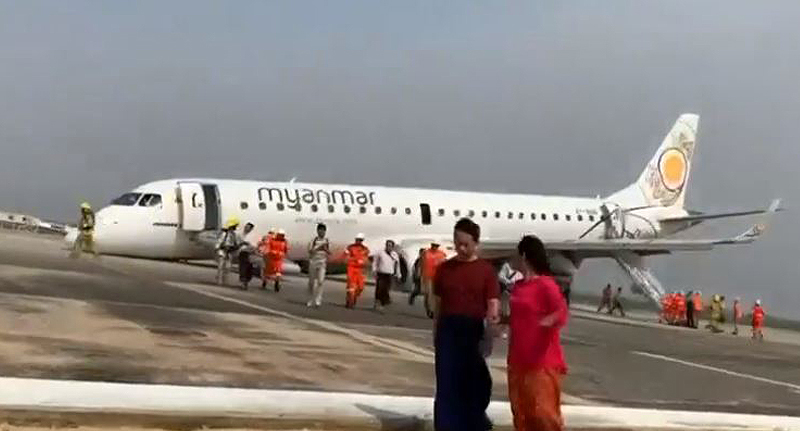 Pilot Successfully Lands Plane With No Front Wheels