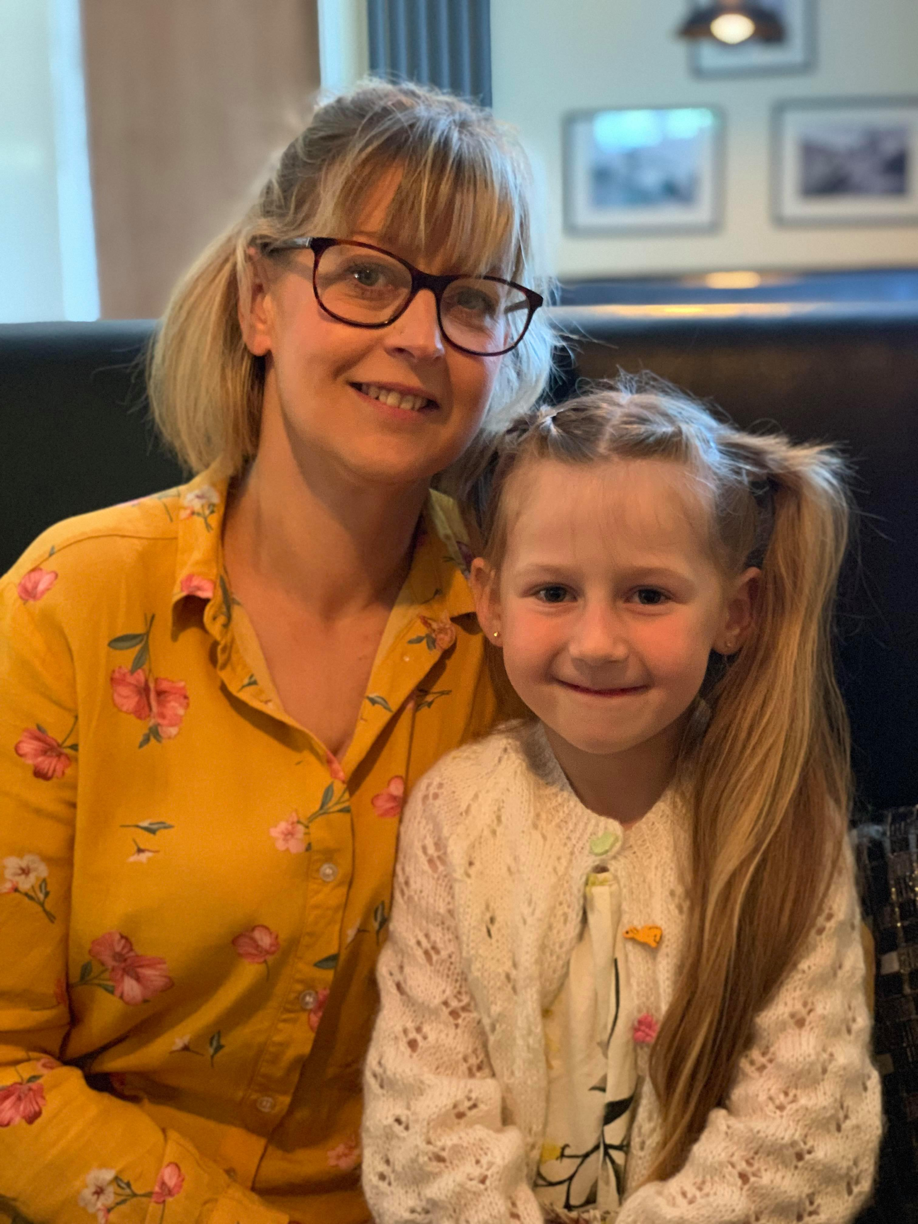 Mum shares photo of 'hug button' she uses to comfort daughter