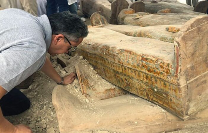 Egypt Coffins Archeologists