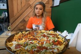 Girl attempts to eat world's largest nachos 2