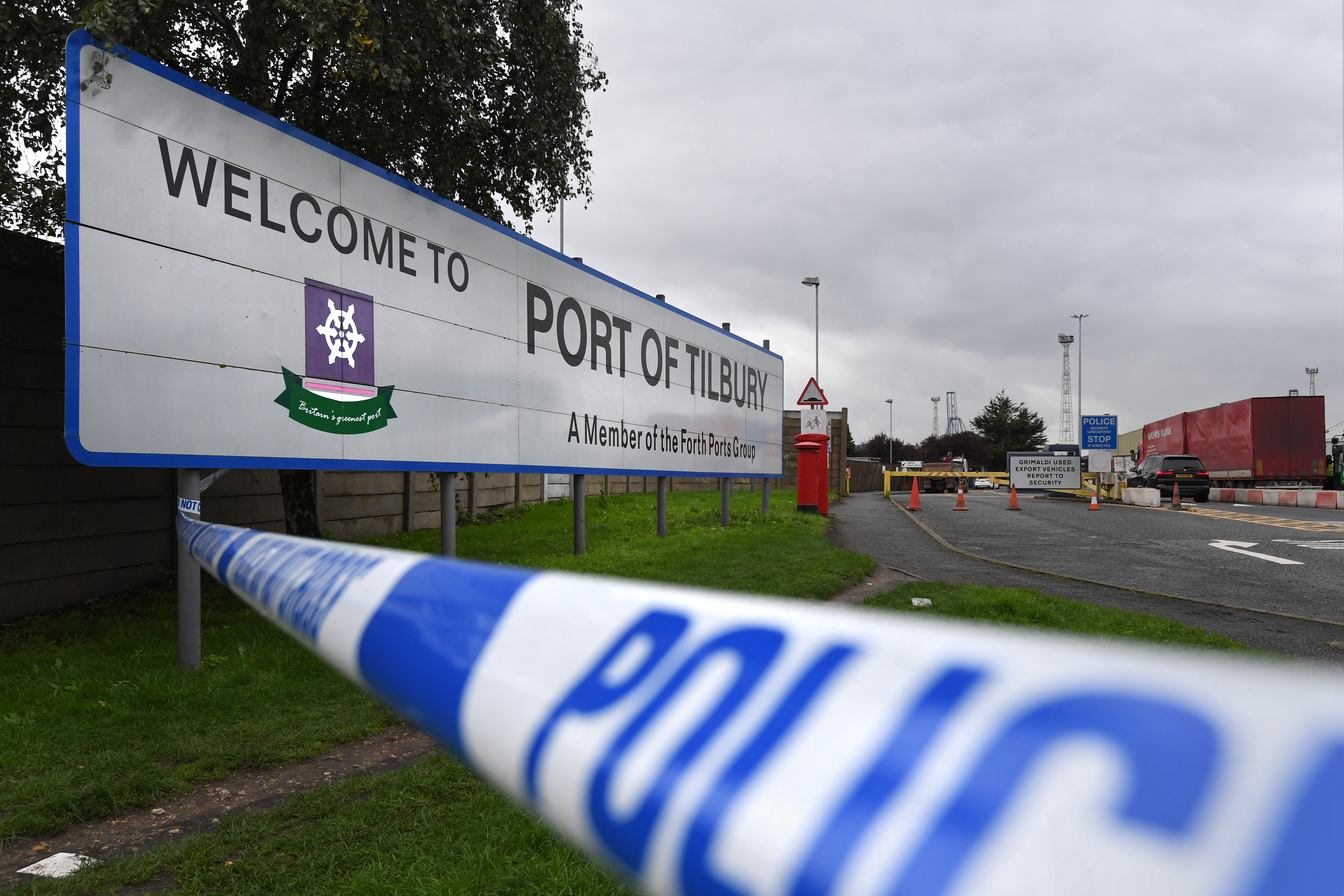 Bodies found in lorry container in Essex