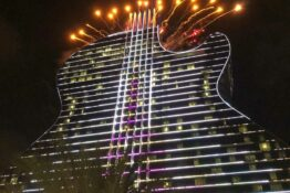 hard rock guitar hotel