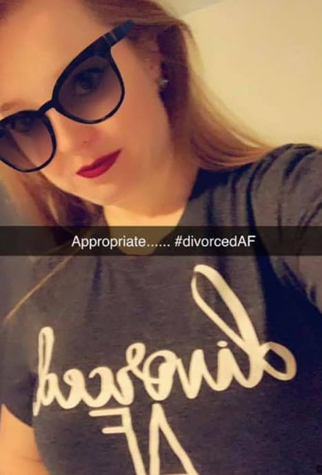 Woman who's husband cheated on her wears 'Divorced AF' t-shirt