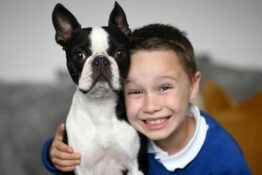 7-year-old reunited with lost dog after drawing wanted posters