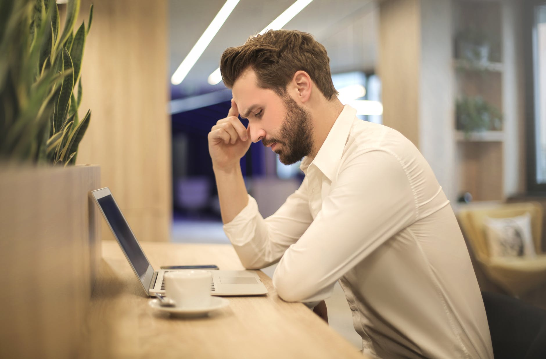 Working Long Hours 'Increases Your Risk Of Going Bald'