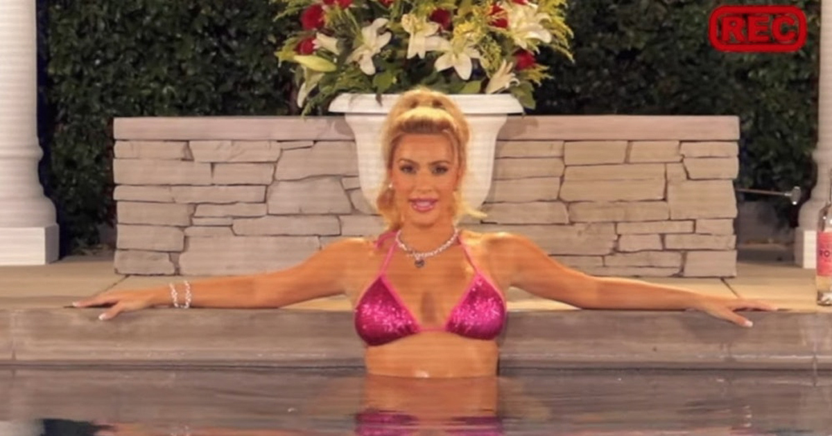 Kim Kardashian Recreated Elle Woods' Harvard Essay Video From Legally Blonde For Halloween