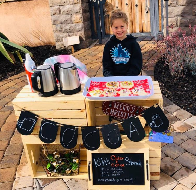 5-year-old sells cookies and cocoa to pay off lunch debts