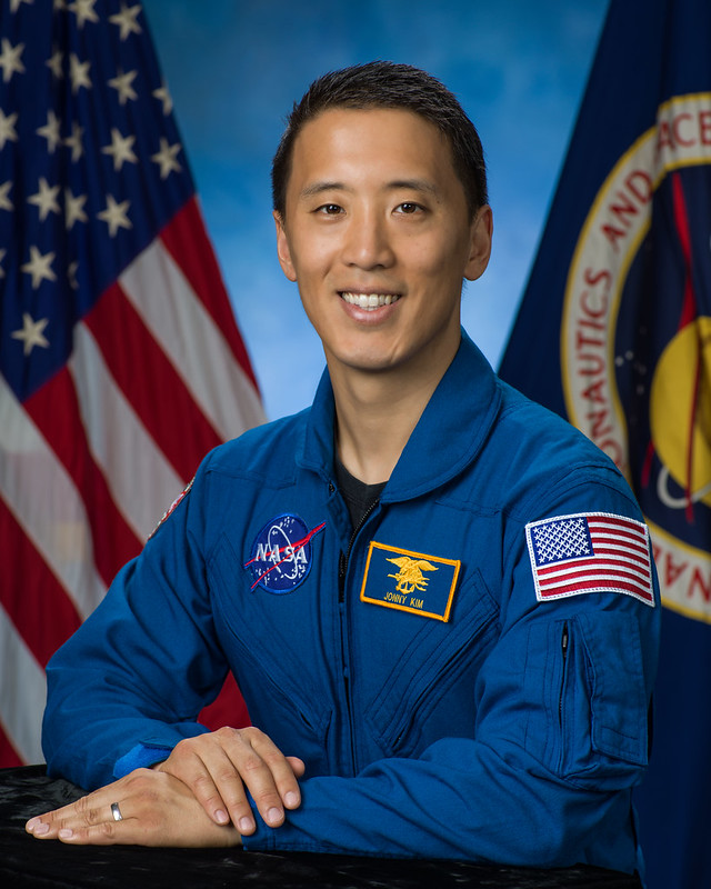 Ex-Navy SEAL And Harvard Doctor Becomes First Korean-American Going To Space