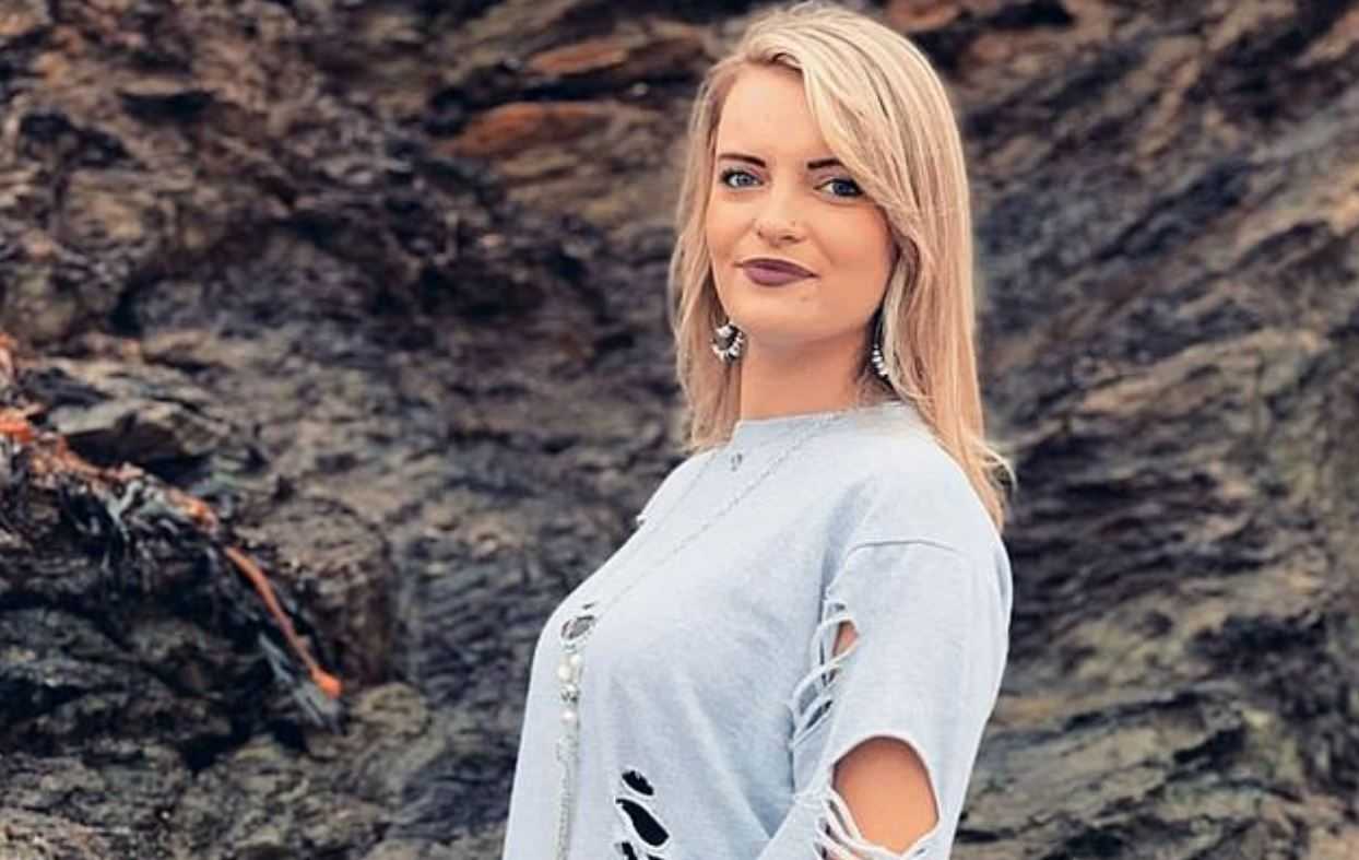 Single Mum, 24, Left 'Humiliated' As Car Wash Staff Share 'Disgusting' WhatsApp Messages