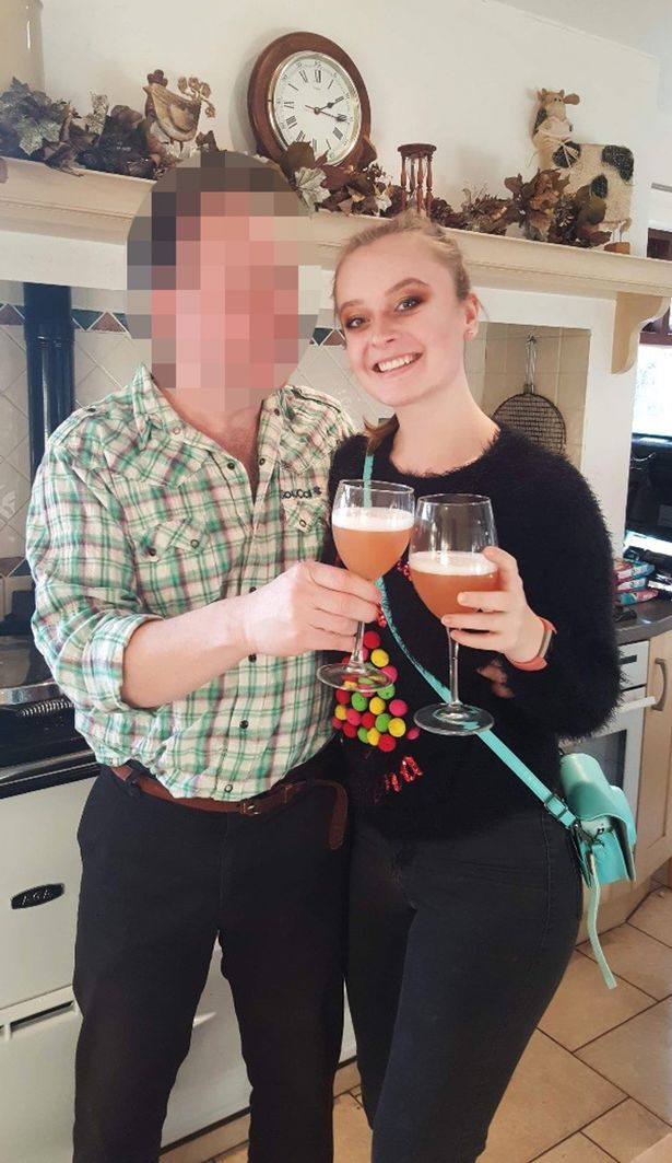 Student Pays For University With Help Of Five Sugar Daddies