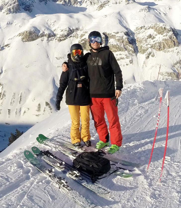 skiier rescued from snow 1