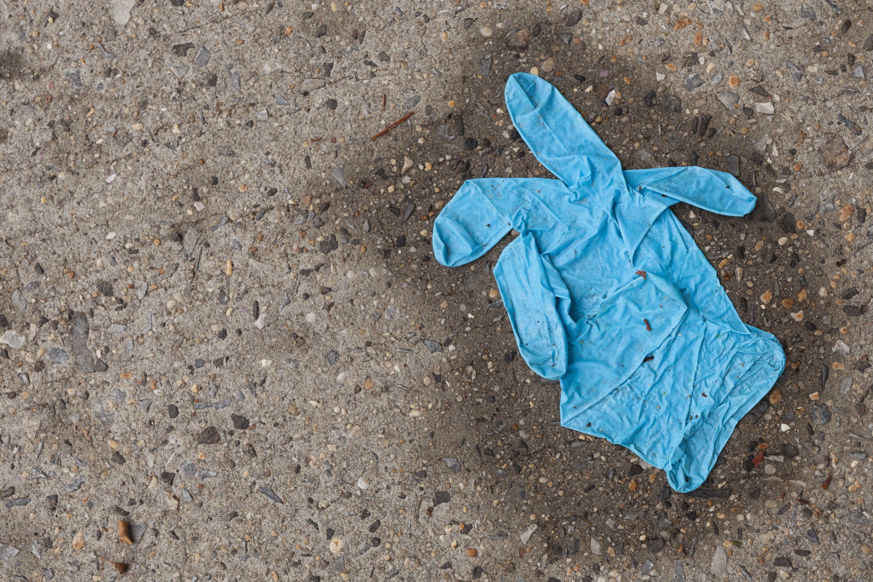 disposable gloves disposed incorrectly
