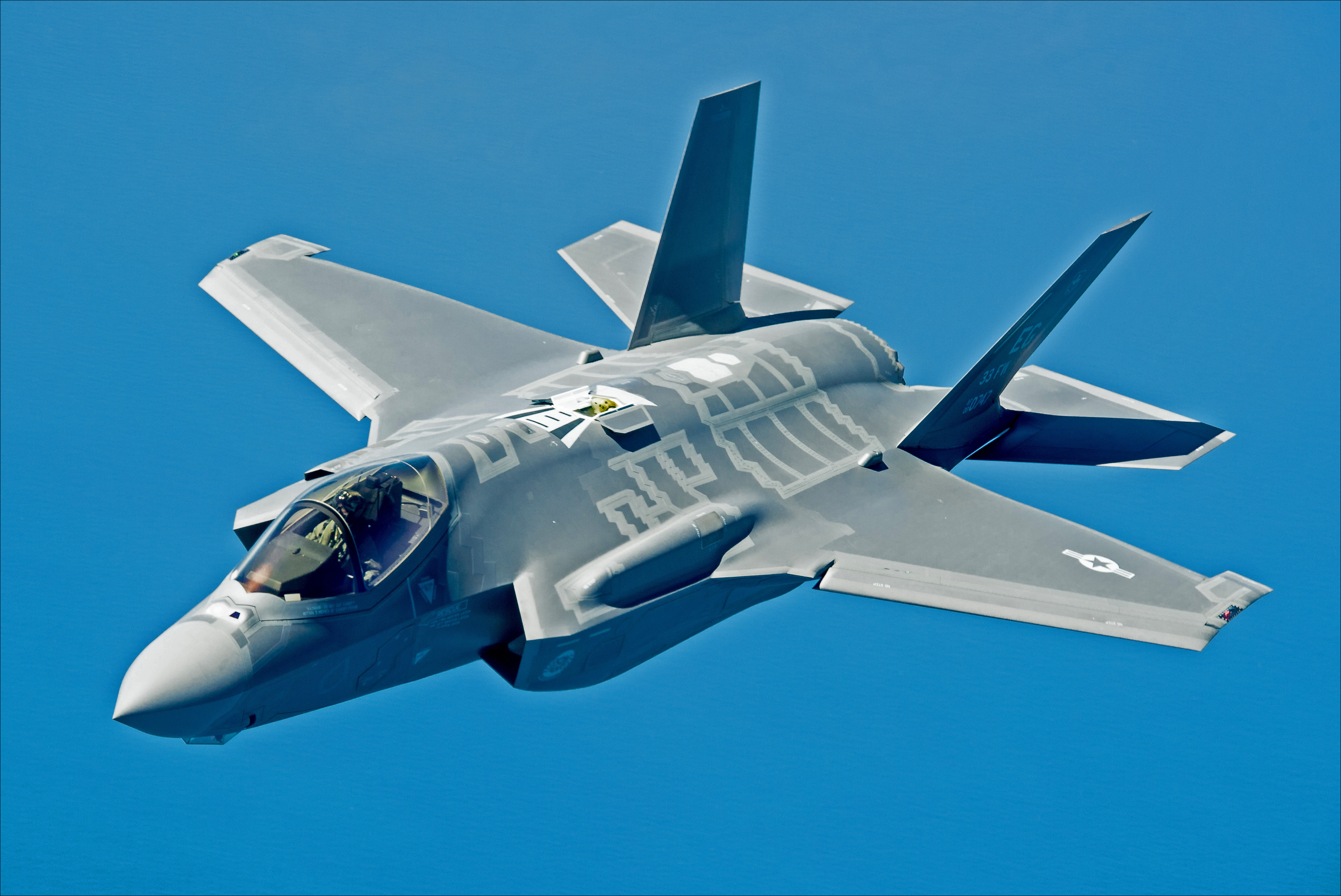 US Air Force Pilot Becomes First Woman To Fly F-35A Stealth Fighter Into Combat