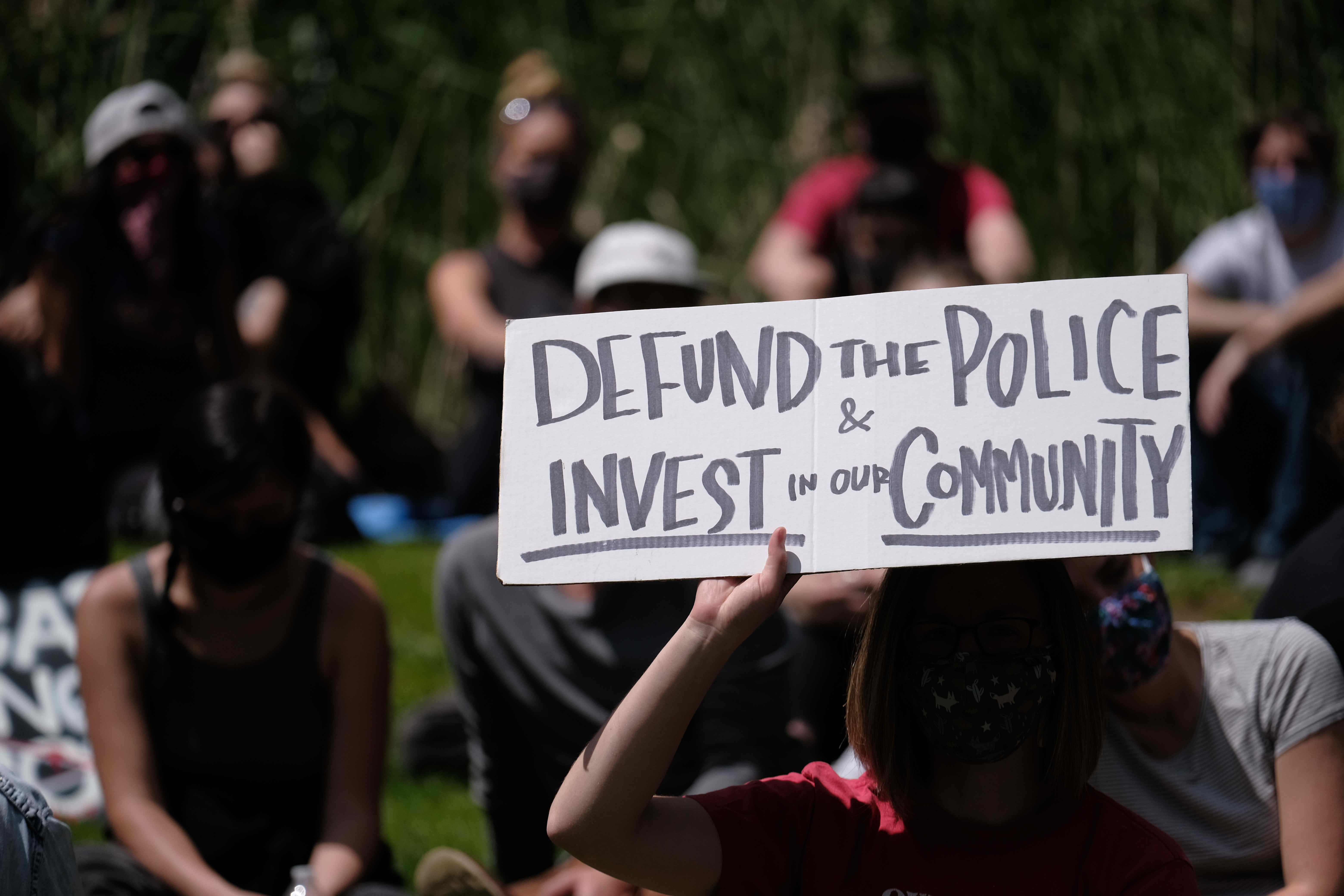 defund police protests