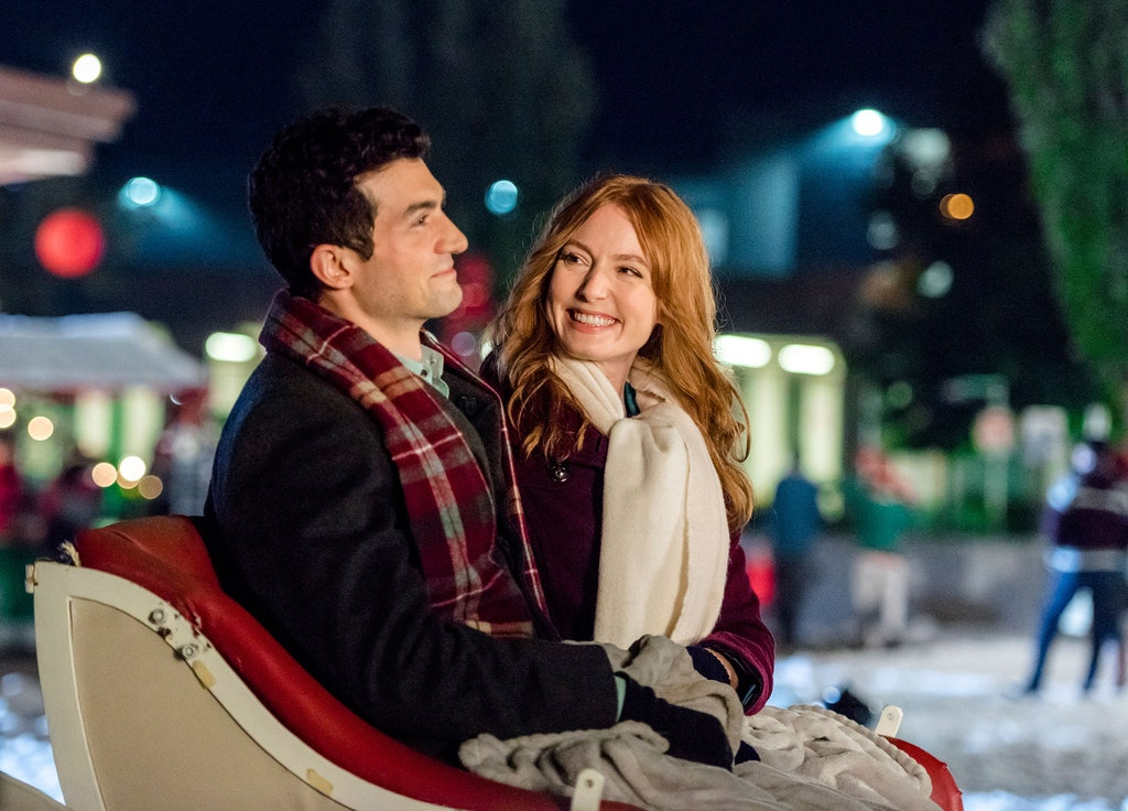 Hallmark Airing Month-Long Christmas Movie Marathon From Today