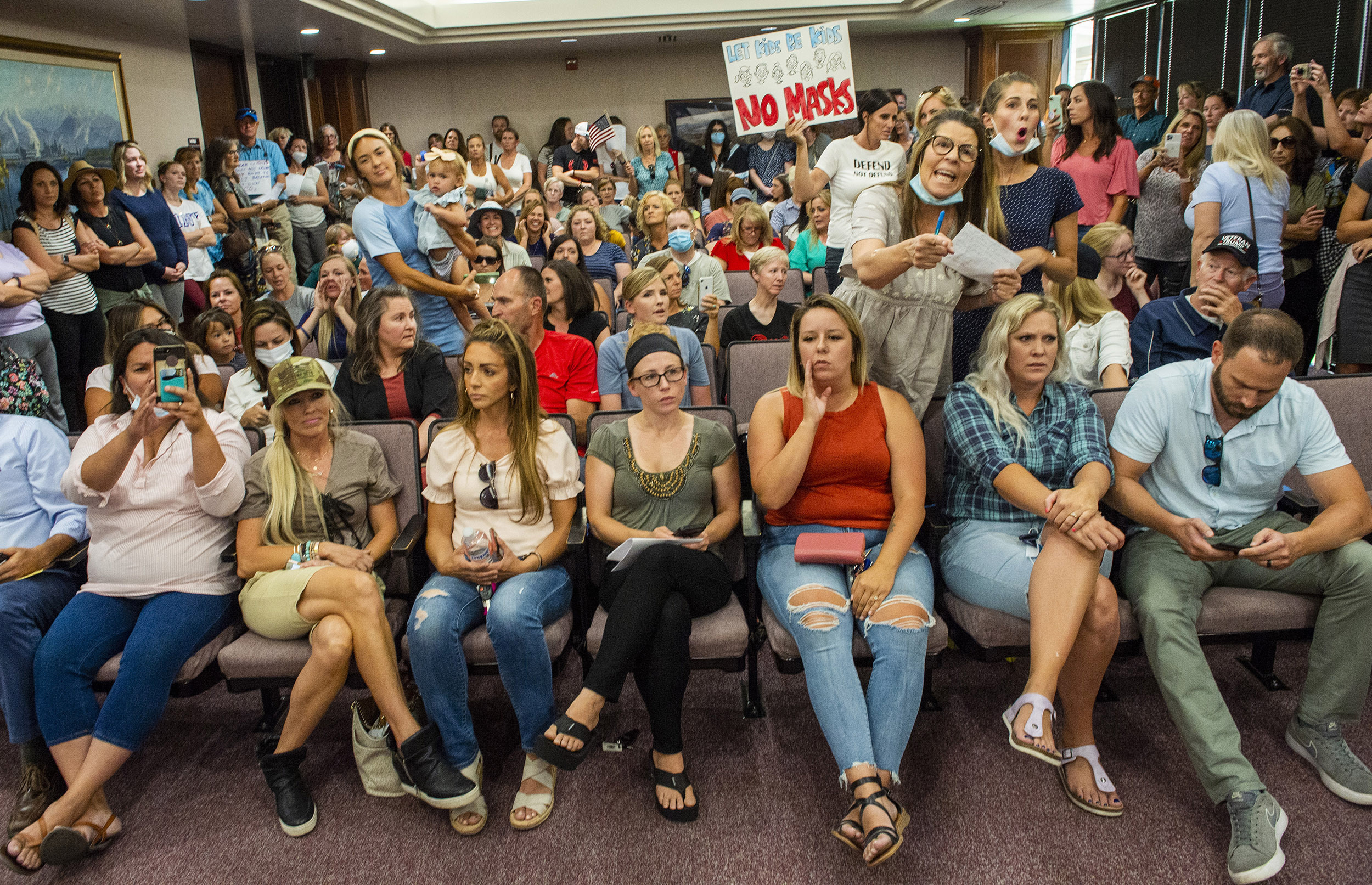 Meeting On Masks Immediately Cancelled After Room Fills With People Not Wearing Masks
