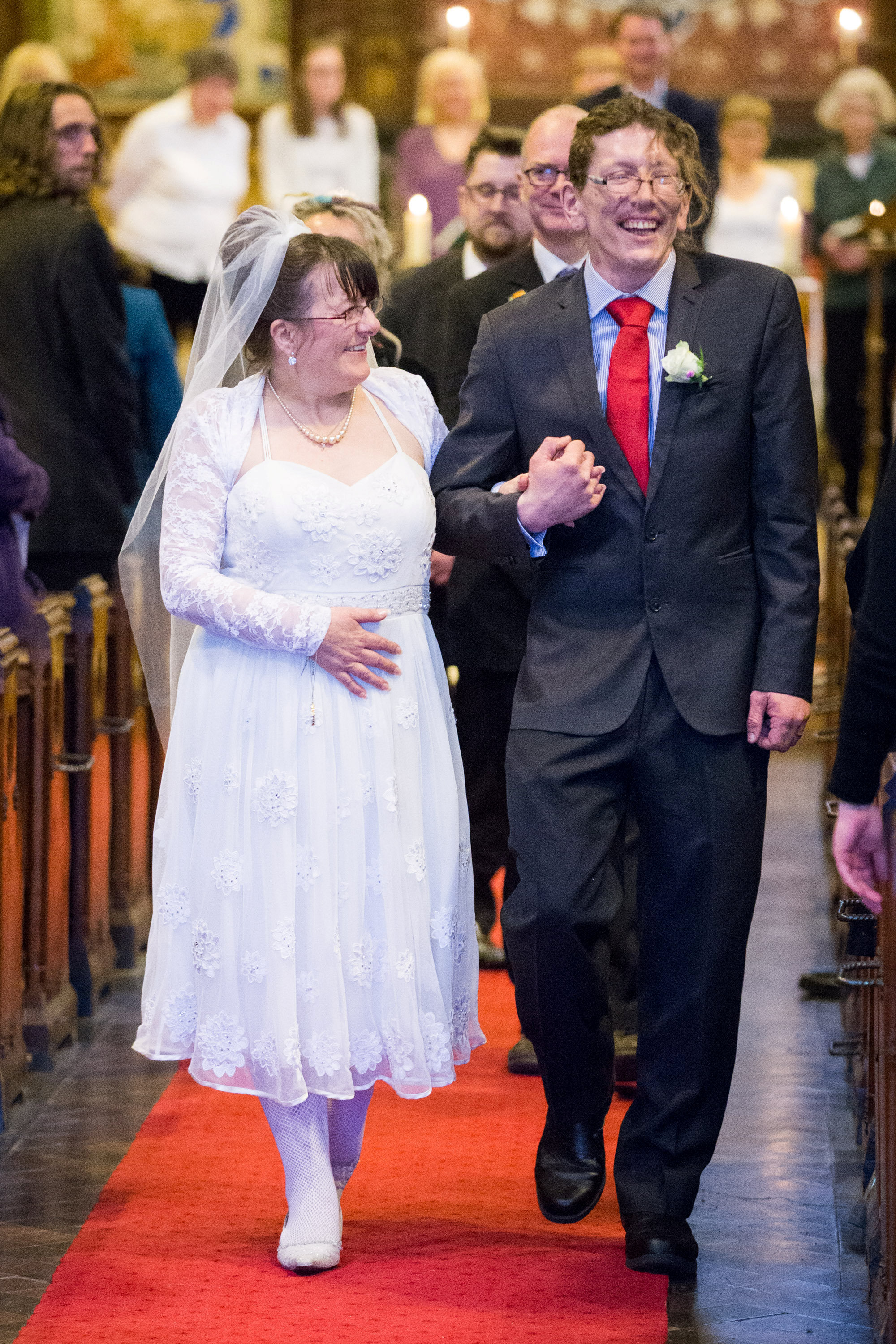 big issue seller marries woman he gave 50p to