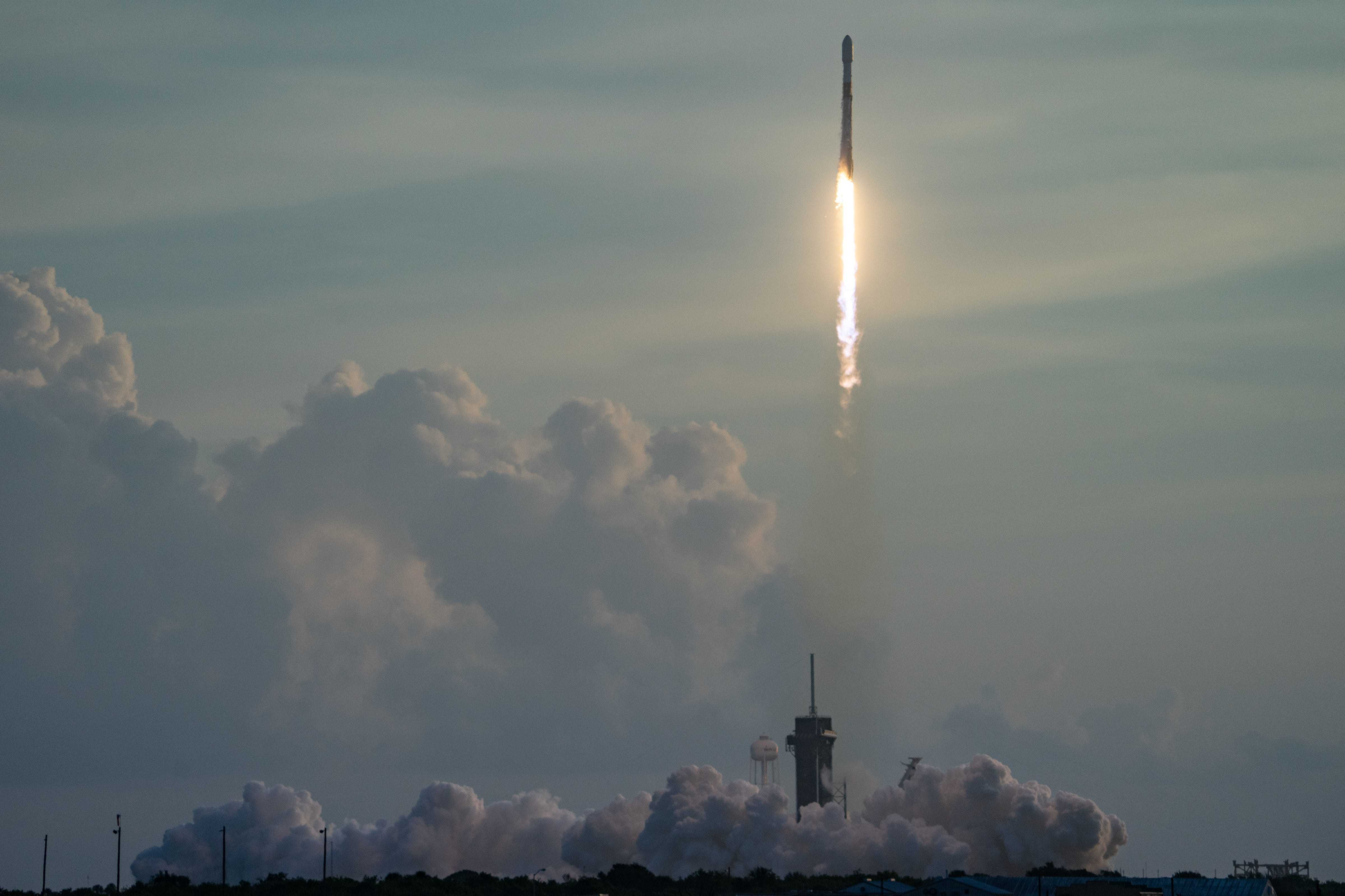FL: SpaceX Falcon 9 rocket launch at Kennedy Space Center